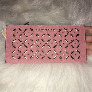 Michael Kors Carryall Wallet w/ Card Case